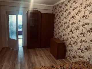 Сдаётся комната в 3-х комнатной квартире