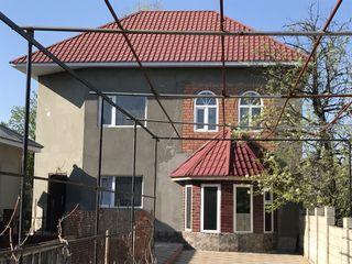 Продается дом в Комрате