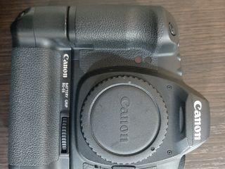 Canon EOS 5D mark II cu grip(practic nou).