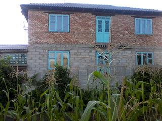 Продается дом 2 этажа В г.каинары в 55км. от Кишенева