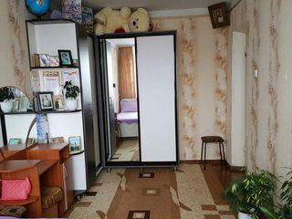 Se vinde apartament cu 3 odăi. 68 mp. Cricova .