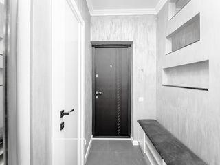Apartament spatios cu 2 camere + living