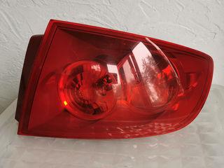 Mazda 3 BK 2003-2007 фара задняя правая.