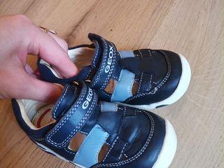 Sandale Geox aduse din UK, marimea 21, încălțate odată