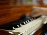 Ore la pian in Moldova
