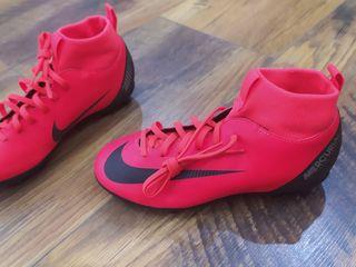 Nike mercurial - mărimea 35 -36