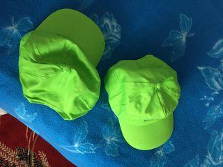 Кепки натуральные , хлопок, абсолютно новые (синяя и 2 зеленые) - по 100 лей.   Белого цвета, тоже х