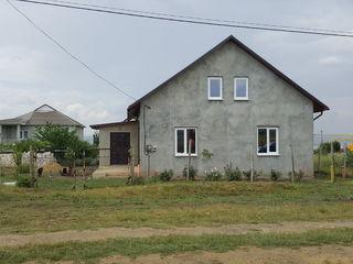 De vinzare casa nou construita cu mansarda, 5.4arii de pamint