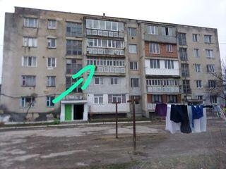 Продается 4-х комнатная квартира в центре г.Криулень