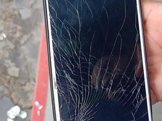 Xiaomi Mi 9 Lite, Ecranul sparta -Luăm, reparăm, aducem !!!
