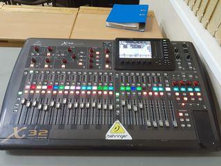 Behringer x32 consola audio digitala profesionala (mixer)