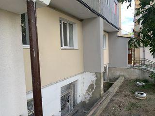 Se vînd 6 apartamente cu metraj diferit (varianta albă) pe strada Chișinăului, or. Anenii Noi.