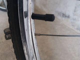Срочно куплю заднее колесо от советского велосипеда Урал  диаметром 28 дюймов.