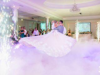 Световой декор на свадьбу в будний день. Выгодное предложение!