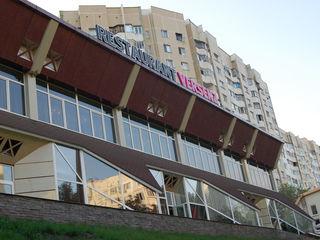 bd. Moscova, chirie spațiu comercial 200 m.p, 1400 €