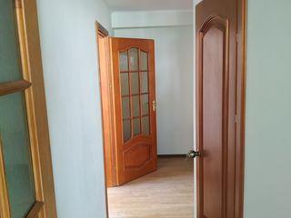 Calarasi, Bojole 17, apartament 2 camere, et.5, reparatie.