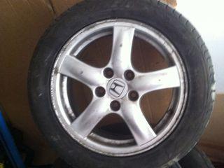 Disc cu scat de Honda acord original  Recent adus in stare buna  Scatu 205-55–16  50€