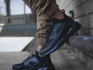 Nike huarache ultra black!!!