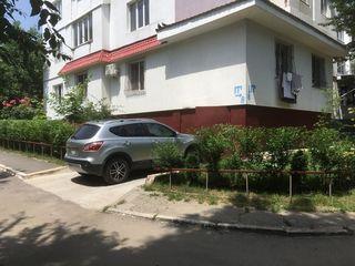 2+living+ garaj. Autonomă. Pardosit. Mircea cel Bătrân