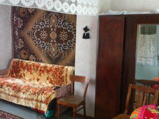 Одноэтажный жилой финский домик на 7 сотках в Яловень по ул. Виктория. Цена: 13 500 евро.