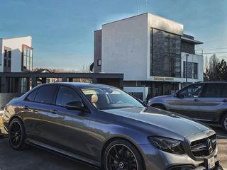 Mercedes-Benz E-Class Транспорт для торжеств/Тransport pentru ceremonie. De la 50 €/zi (день)