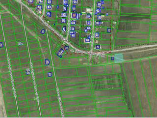 Бубуечь Bubuieci - 3 км от Кишинёва 6.6 соток у121 маршрутки у трассы под строительство = 10000 евро