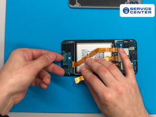 Samsung Galaxy A20 (2019) A200, Bateria nu se încarcă? Îl vom înlocui fără probleme!