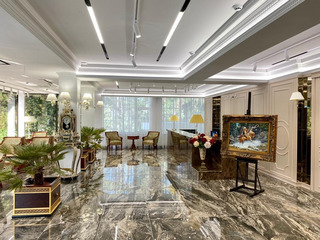 Офисы в бизнес-центре класса Premium Club Royal Park в аренду