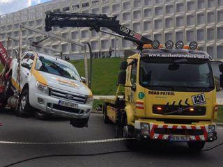 Efectuăm servicii de evacuări auto non-stop