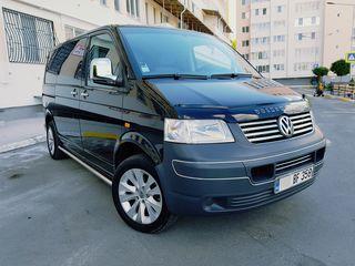 Volkswagen Autoturism 9 locuri