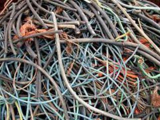 Куплю кабель б/у. обрезки, лом кабеля, кабельные отходы, дорого.