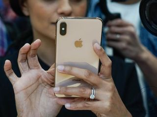 iPhone XS Max la cel mai mic preț ,disponibil în credit la 0% și garanție 24 luni!