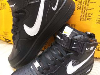 Nike Air Force one negru!!! Iarnă