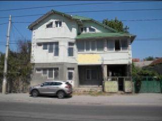 CASĂ 3 NIVELE + SUBSOL 300 m2 la pret de un apartament