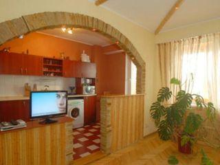 2-комнатная квартира с панорамным видом в центре Рышкановки