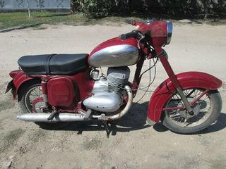 Jawa 250cc Acte in regula