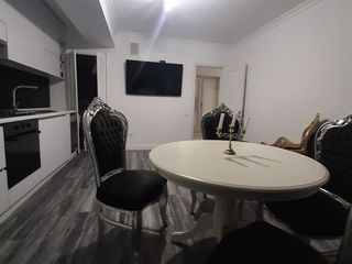 Apartments are located 2 minutes of the University of Medicine,2 room+ living,70M2-550 euro
