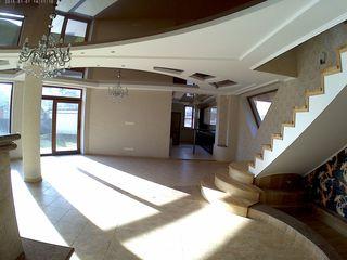 casa de elita in chirie la botanica / Новый элитный дом в аренду (наём)на долгий срок.возможен выкуп