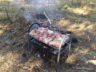 Gratar/barbeque pentru frigarui. Grill/ Гриль