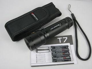 Профессиональный тактический фонарь Led Lenser T7.
