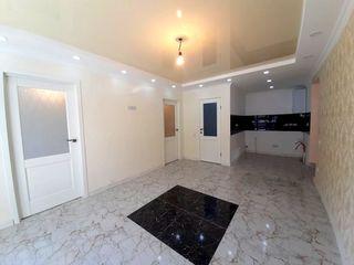 Cumperi acum platesti peste 3luni 2 dormitoare+salon+garderoba.Apartament la sol, ograda separata