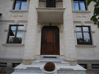 Casa de lux in chirie cu 2000 €