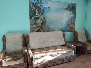 Срочно! продаётся 1-комнатная БАМ, середина. 35 м2 .+ мебель!!! 1/9.