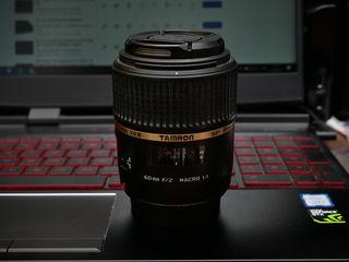 Tamron SP 60mm f2 Macro для Canon