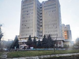 Vînzare oficiu panoramic, str. Decebal, clădirea Sigma, 49 mp.