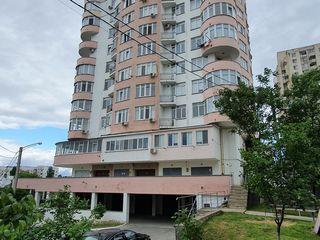 Centru  3 odăi str. Moara Roșie 590euro/m2