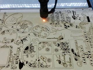 Широкоформатная печать  - Оракал и Баннер - 50 леев/кв.м Контурная резка оракала - 150 леев/кв.м