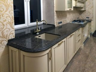 Столешницы кухонные. Новые: ДСП / минеральные, Для кухни,  Для Ванной комнаты, Подсветка, Плинтус