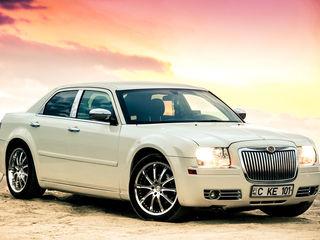 Chrysler 300C - frumoasa,eleganta si confortabila (de la 10€ ora)