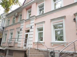 Spatiu comercial, 120 mp, 600 €, str. Sciusev